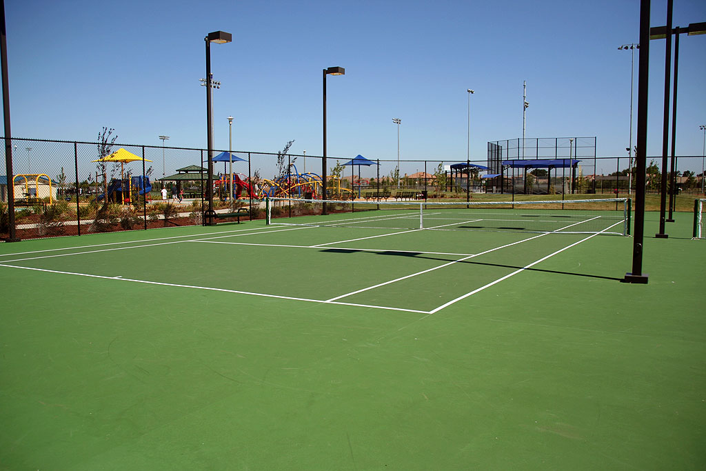 Fantastically clean tennis courts