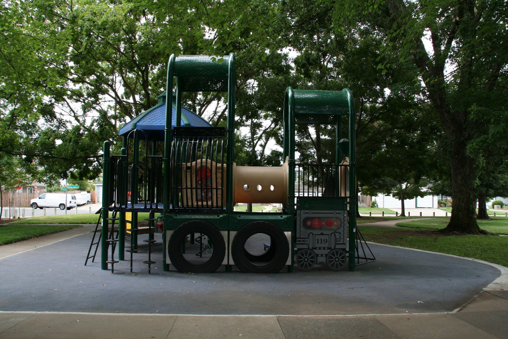 Playground Feature in Smedberg Park